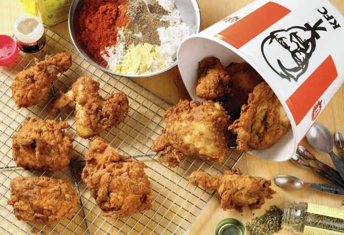 Kfc Recipe Challenge Tribune Kitchen Puts The 11 Herbs And Spices To The Test Chicago Tribune