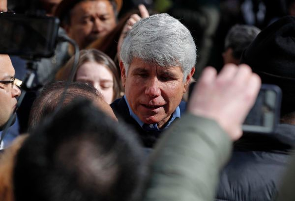 A newly freed Rod Blagojevich addresses the media, repeatedly thanking Trump and promising to vote for him