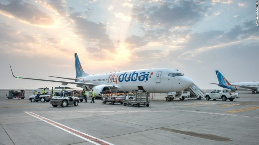 150603161706-flydubai-aircraft-on-tarmac-exlarge-169