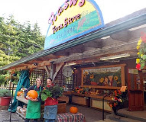 Nash's Organic Produce Farm store