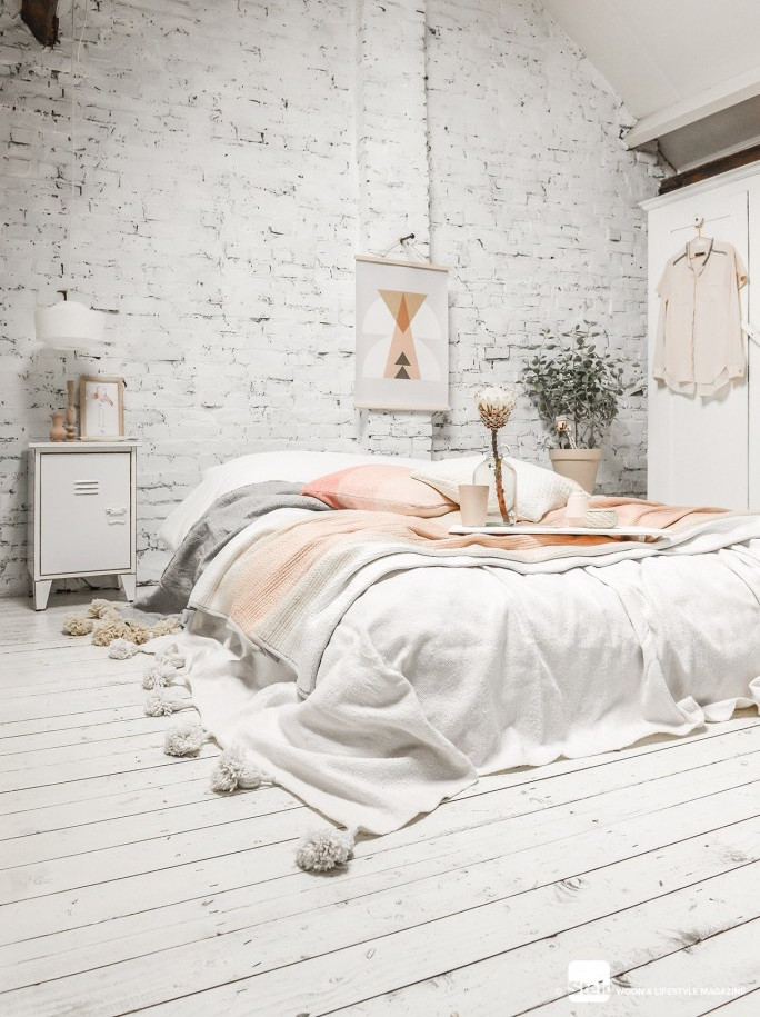 Why Not Using a Bed Frame is the Newest Interior Design Trend