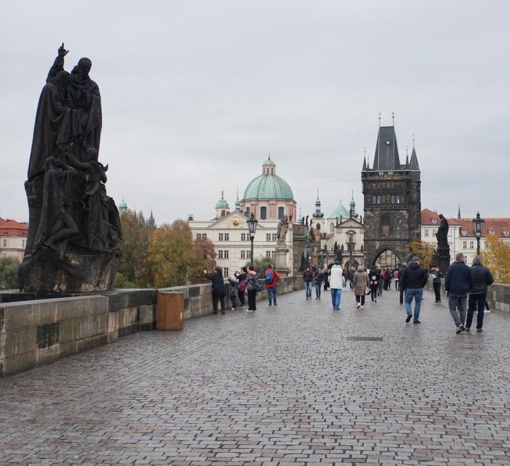 things to do in Prague, charles bridge