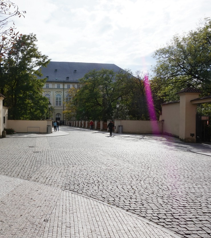 things to do in prague, prague castle district