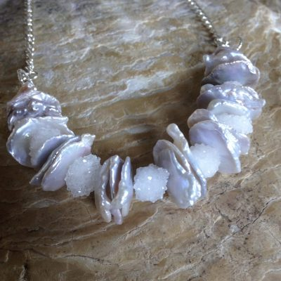 Necklace on chain - Pearls, quartz and sterling silver - 18