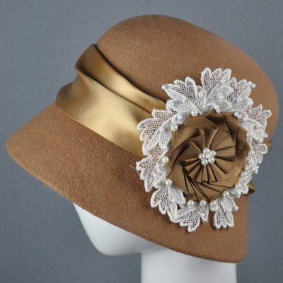 The Cloche - Felt & Lace - 30 x 40 cm - by Vanessa Meyer