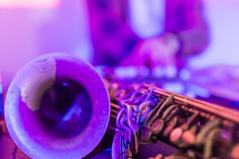 A saxophone in hues of purple