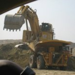 Extractor, African Barrick Gold (Buzwagi)