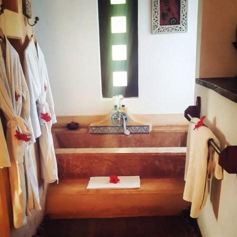 Bath robes and bath tub, Kasha Boutique Hotel, Matemwe, Zanzibar