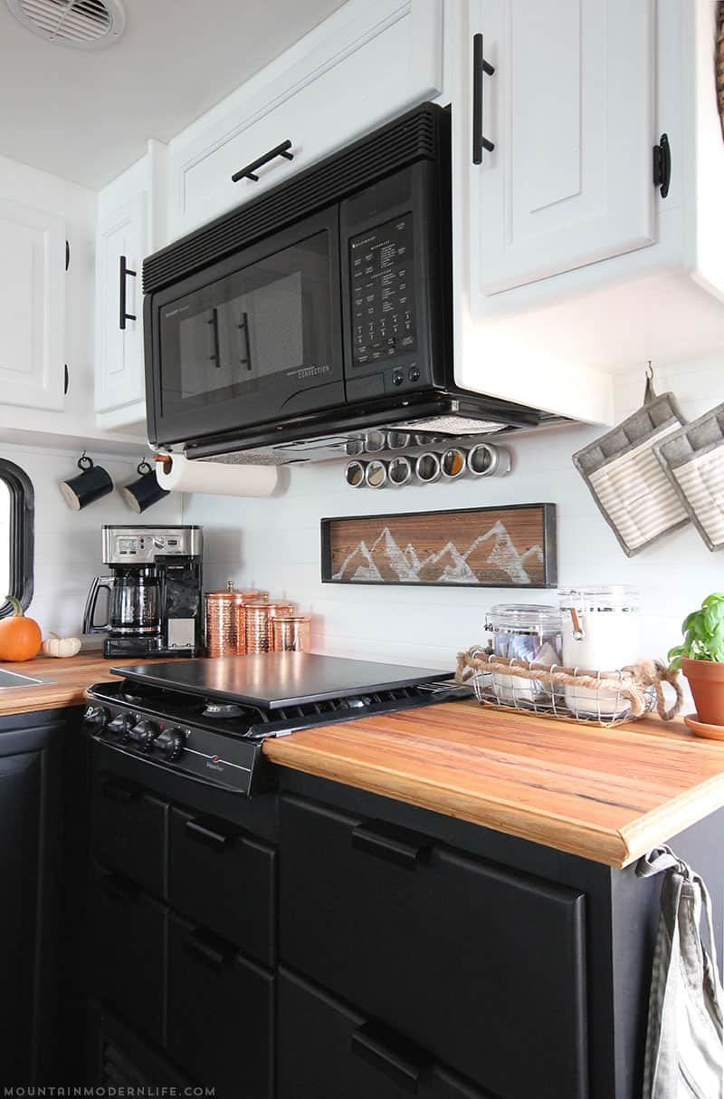 Check Out This Cozy Farmhouse Kitchen Remodel By Mountain Modern Life! Read  About Several Options