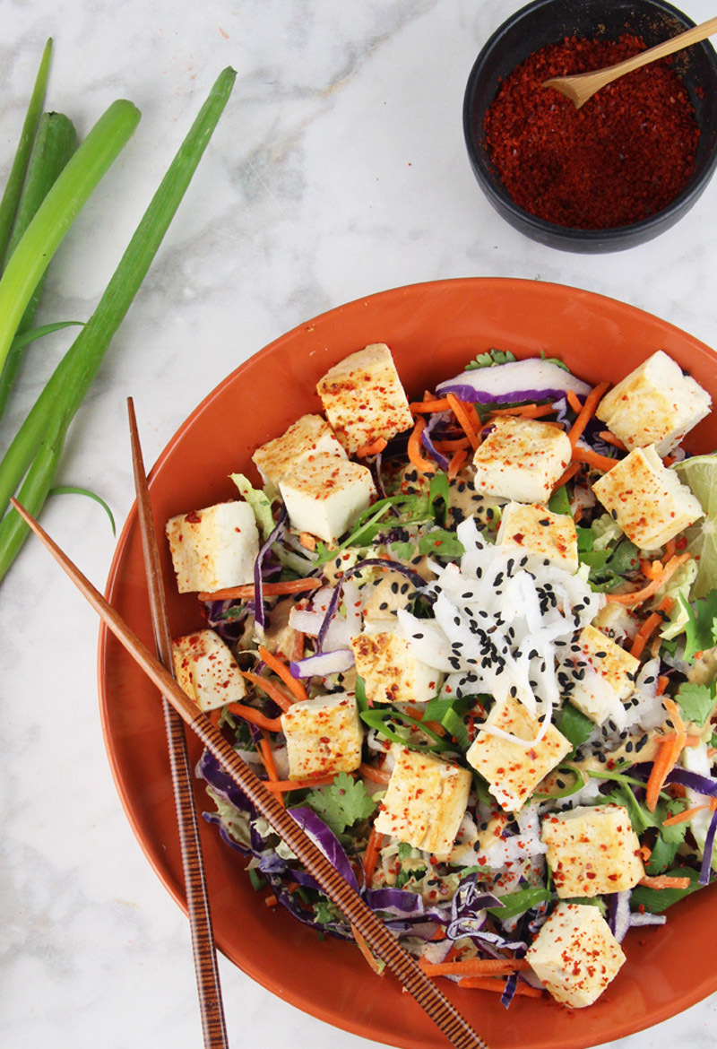 Thai crunch salad video chickfoodtv salads are a big part of my diet so i have many favorites on a constant rotation this thai crunch salad recipe is definitely is one of my top 3 favorites forumfinder Image collections