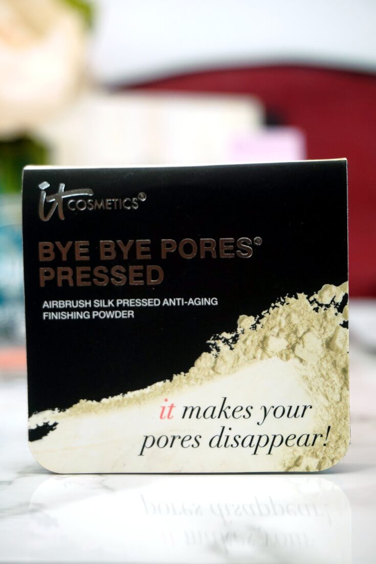 Ipsy Reviews October 2017 Ipsy Glam Bag | IT COSMETICS Bye Bye Pores Pressed Powder |Chiclypoised.com