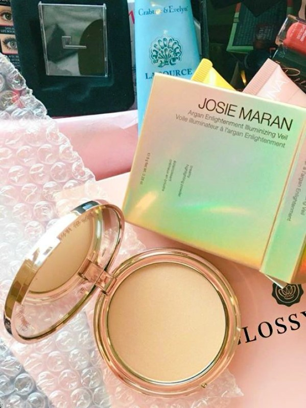 A Josie Maran highlighter