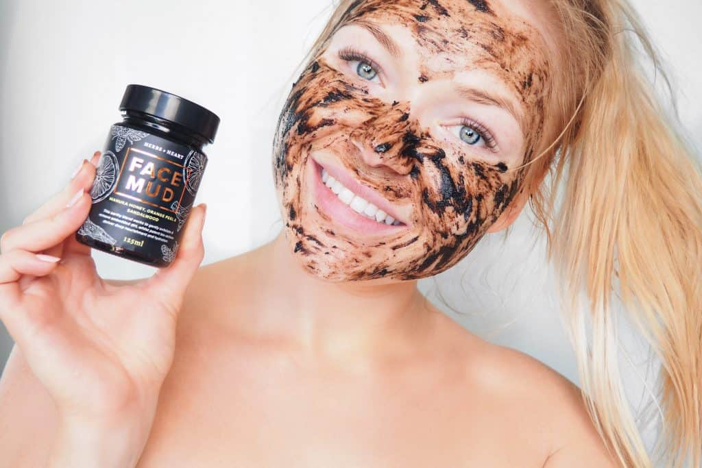 Herb and Heart Face Mud