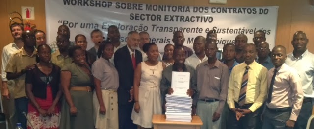 Monitoring extractive sector contracts in Mozambique