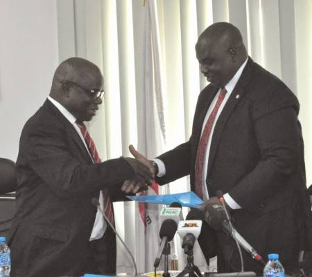 EFCC signs pact with Lottery Commission on scam