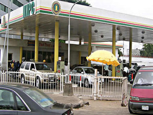 NNPC debunks tale of slash in pump price of petrol…rallies MOMAN, DAPPMA to consolidate uninterrupted fuel supply