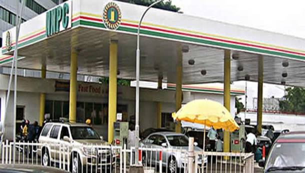 Kaduna Refinery begins daily supply of 3.2 million litres of petrol…as NNPC staff intervention at fuel stations begins to yield positive results