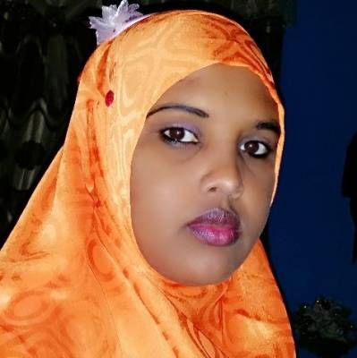 Car bomb kills broadcast journalist in Somalia
