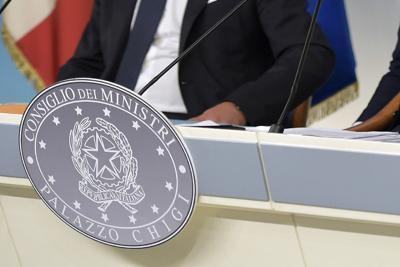 ECONOMIA / Rinvio scadenze fiscali e credito imposta affitti oggi in Cdm