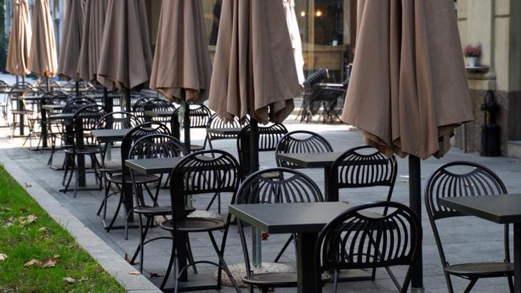NEWS / COVID / Riaperture ristoranti, date e regole all'aperto e al chiuso