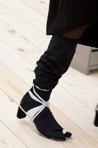Cline Shoes Spring Summer 2017 At Paris Fashion Week