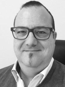 Massimo Angelone (44), Vater eines zehnjährigen Sohnes, ist bei Chicco seit Anfang 2016 als Fashion-Manager für den Vertrieb in Deutschland, Österreich und der Schweiz verantwortlich. Zuvor war er in der Schweiz für BRAX im Vertrieb und bei Tom Tailor als Retail-Manager tätig.