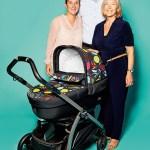 """Barbara Haussmann, Dr. Robert Gietl und Angelika Gietl (vlnr), Geschäftsführung von Peg Kinderwagenvertrieb, mit Kinderwagen """"Book S Manri"""""""
