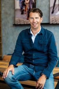Mark Hommelberg ist seit August 2017 CEO von Garcia. Vor seinem Wechsel war er 15 Jahre lang als Geschäftsführer bei der Multi-Brand-Kette Men At Work tätig.
