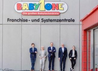 Die BabyOne-Führungsriege mit Dr. Jan Weischer, Gabriele Weischer, Stefan Keil, Wilhelm Weischer und Dr. Anna Weber. Foto: Hanna Witte