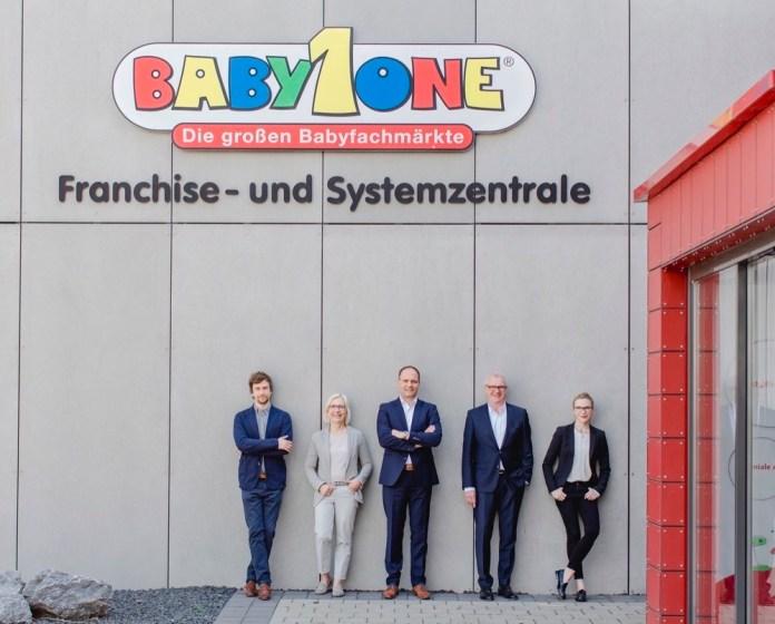 Die BabyOne-Führungsriege mit Dr. Jan Weischer, Gabriele Weischer, Stefan Keil, Wilhelm Weischer und Dr. Anna Weber