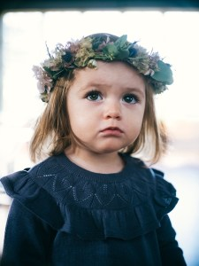 Das Label bietet Bekleidung für Kinder vom Neugeborenenalter bis zu einer Größe entsprechend 12 Jahren.