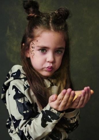Spooky: Die AW/19-20-Kollektion vom polnischen Label Dear Sophie steckt voller Fantasiewesen.