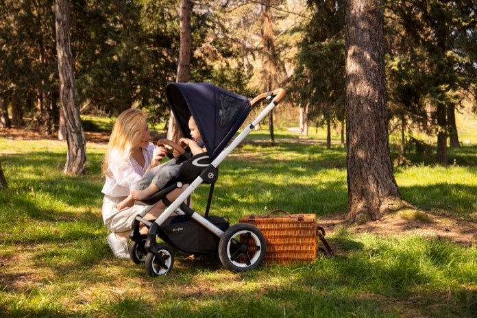 With the Talos S Lux from Cybex you can conquer nature.