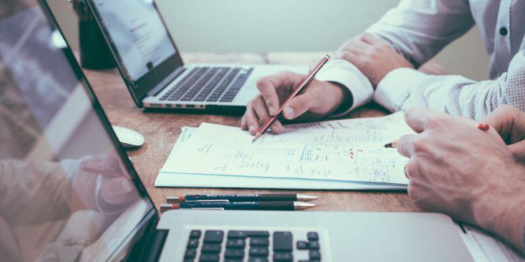 creditreporting compressor - Gestión comercial ¿qué pasos debes dar con tu cliente?