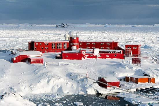 cientificos-antartic-3-0316
