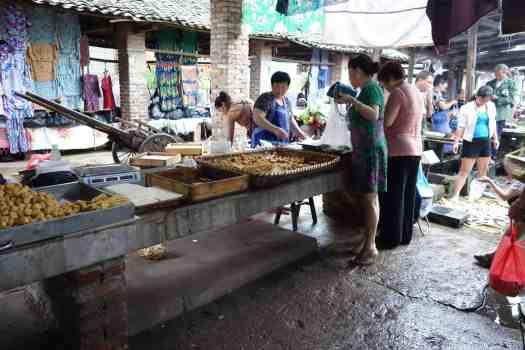 Tofu auf lokalem Bauernmarkt, Hunan, China