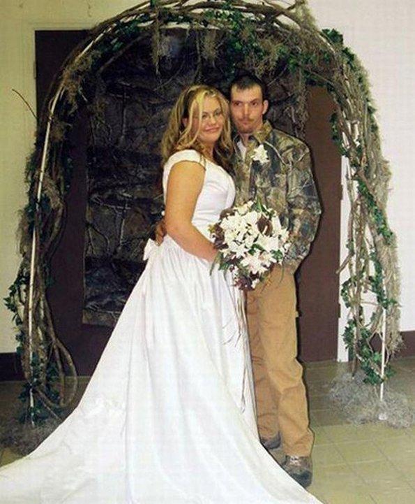 10 Oddest Wedding Ceremonies Ever