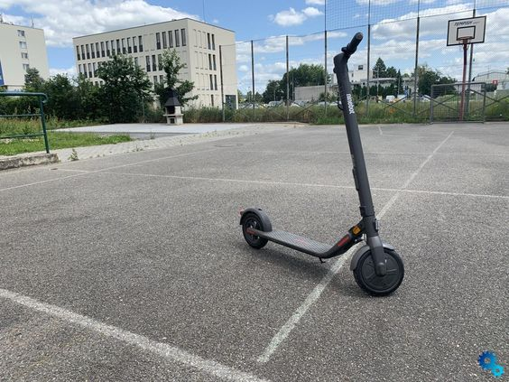 Adult folding electric scooter