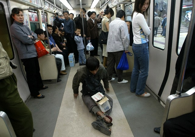 china poor beggar beijing subway  Facts about China: RICH, POOR & INEQUALITY