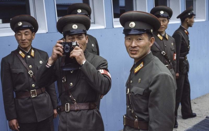 脱北者揭秘金正恩政权下的朝鲜:崩溃中巨变