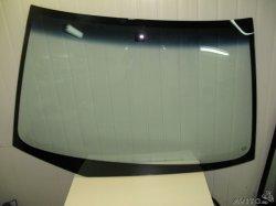 Лобовое стекло на LANCER 9