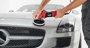 Процесс полировки автомобиля