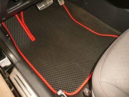 Как выбрать коврик для автомобиля