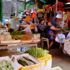 Marktstände auf Lantau.