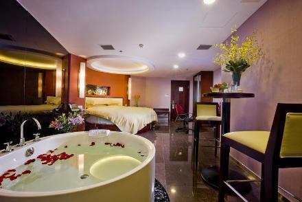 Yi Wu Ssaw Hotel Huafeng Yiwu Concept Big Bed Room