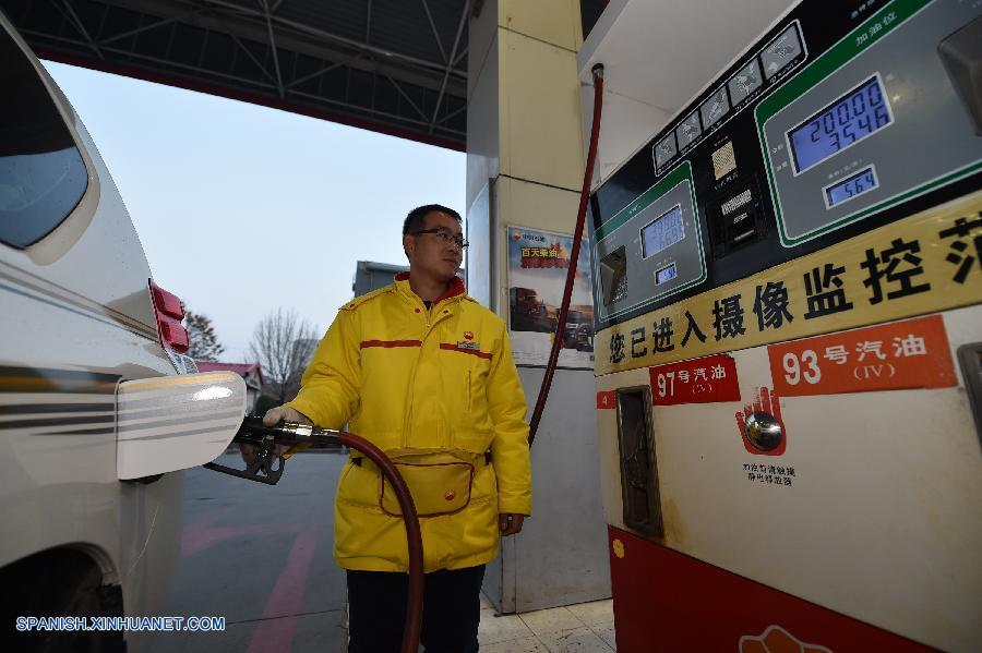 China recortará precios de gasolina y diésel