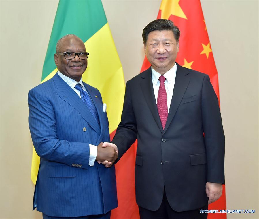 Xi pide profundizar cooperación con Mali en asuntos internacionales