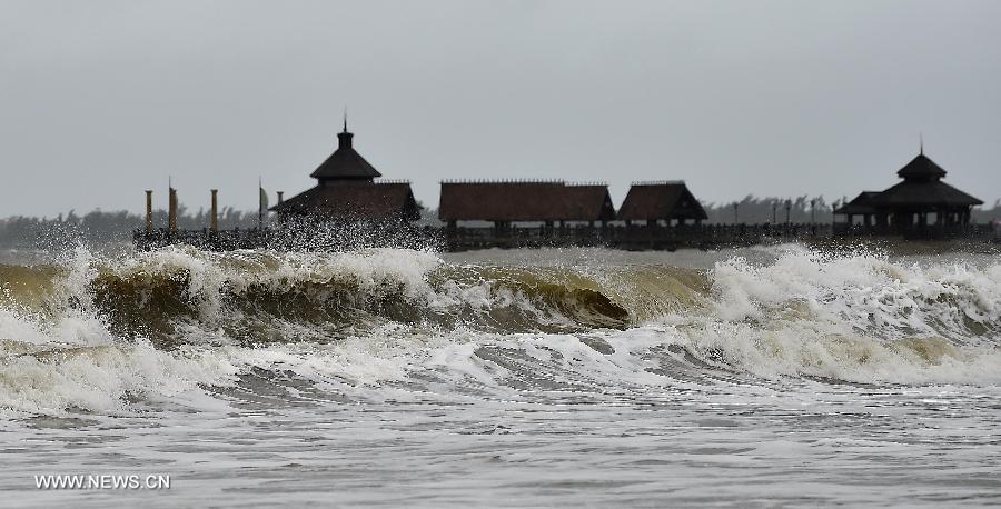 China mantiene alerta azul por tormentas