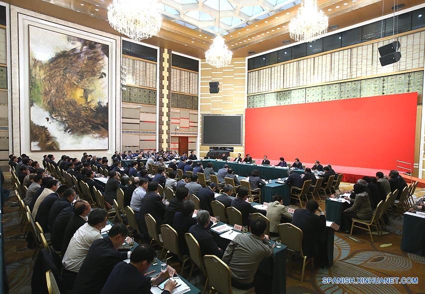 Primer ministro chino pide reforma en educación superior para impulsar innovación
