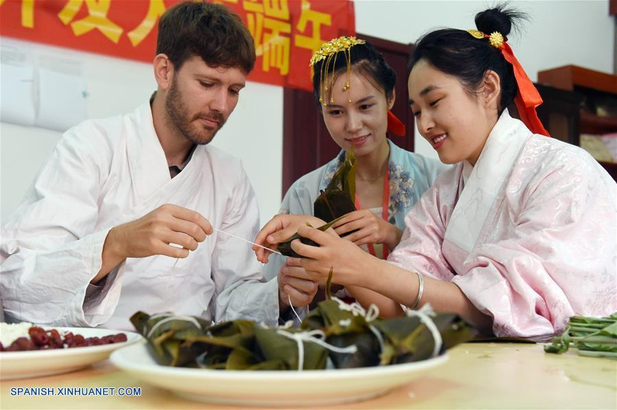 Fiesta tradicional se celebra en toda China